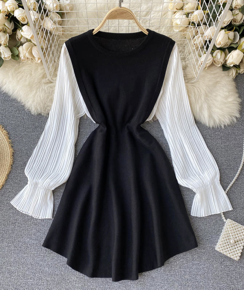 White and black knitted dress