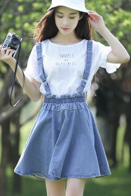 Cute white T-shirt + strap denim skirt