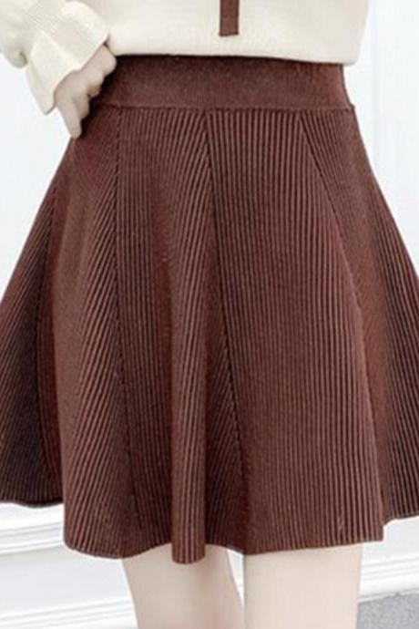 Cute knitted skirt short skirt