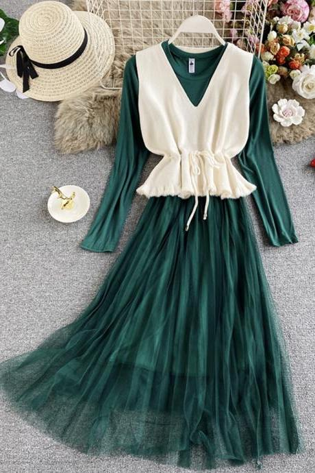 Cute v neck knitted vest+ long sleeve dress two pieces sets