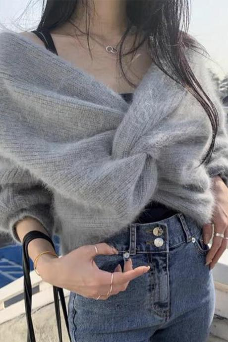 Uniquely designed long-sleeved sweater