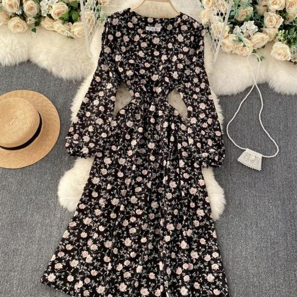 A line long sleeve floral dress